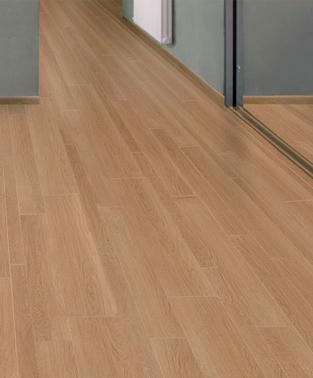 imitacion parquet reforma cambiar el suelo por baldosas